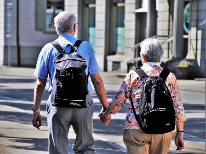 Nauczycielka jako opiekunka osób starszych