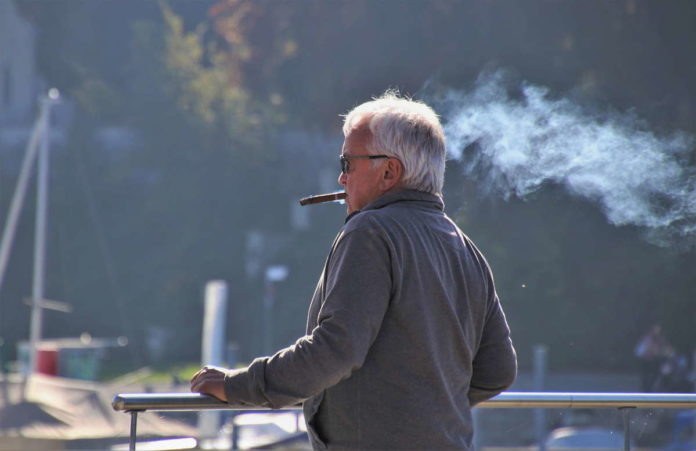 Opiekunka-osób-starszych-na-emeryturze-w-Niemczech